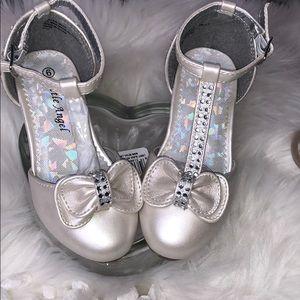 Ivory girl dress shoes